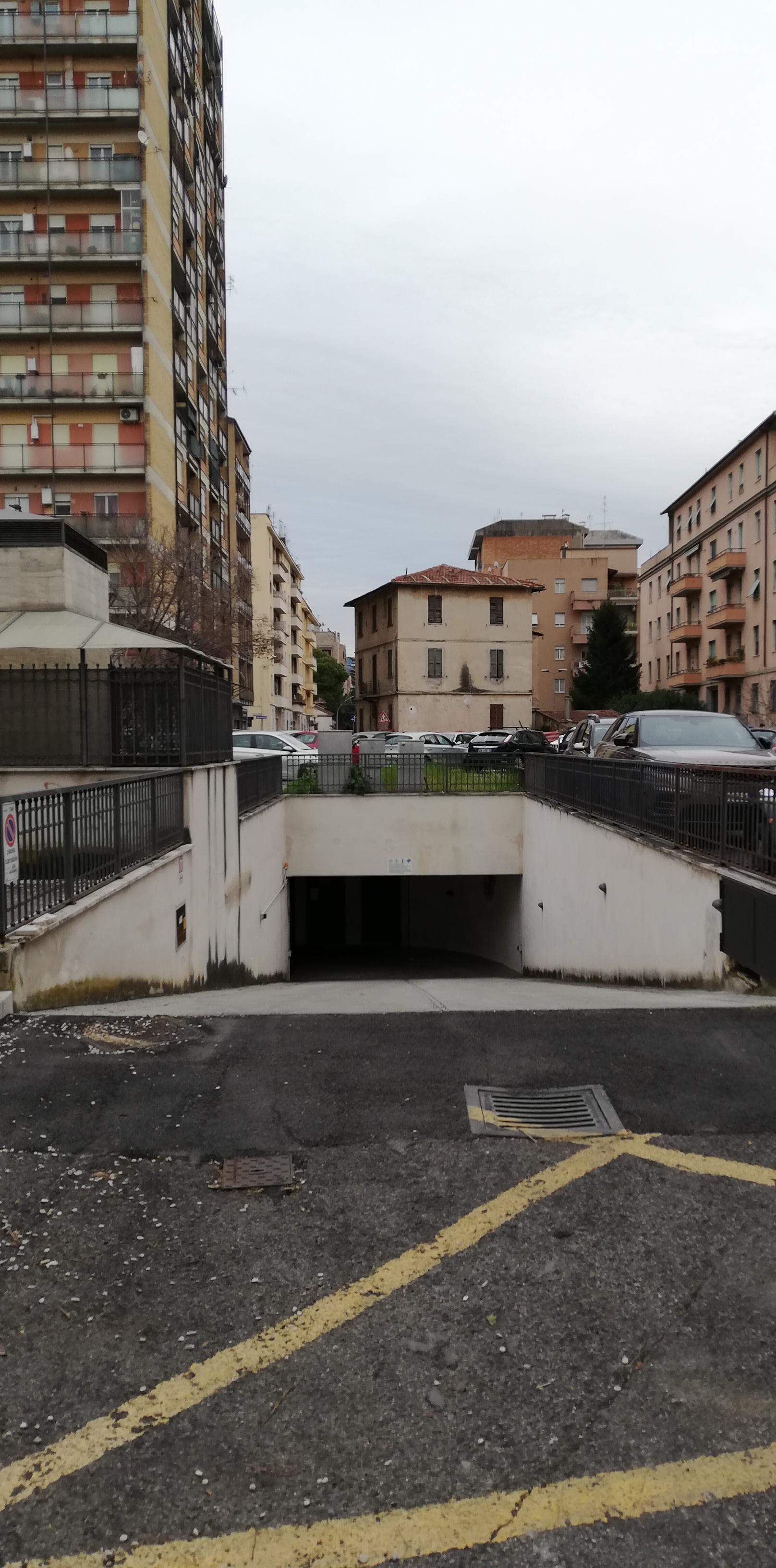 BOX - GARAGE VENDITA TERNI