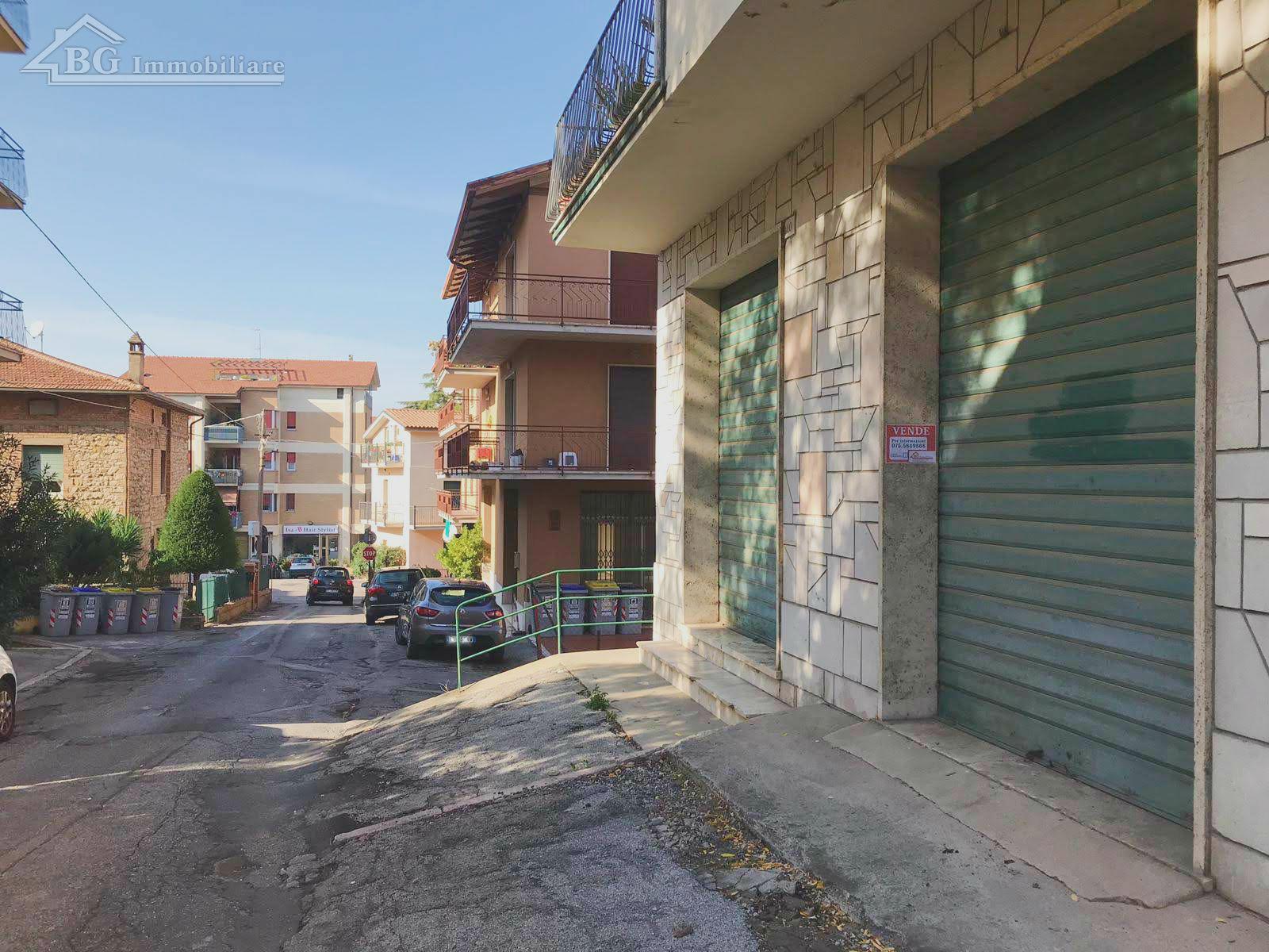 BOX - GARAGE VENDITA PERUGIA STAZIONE