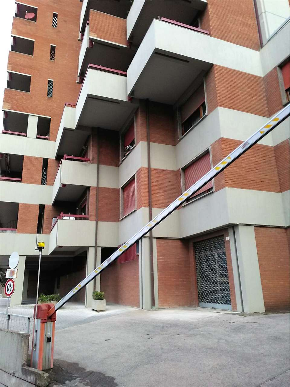 MONOLOCALE VENDITA PERUGIA CENTRO STORICO