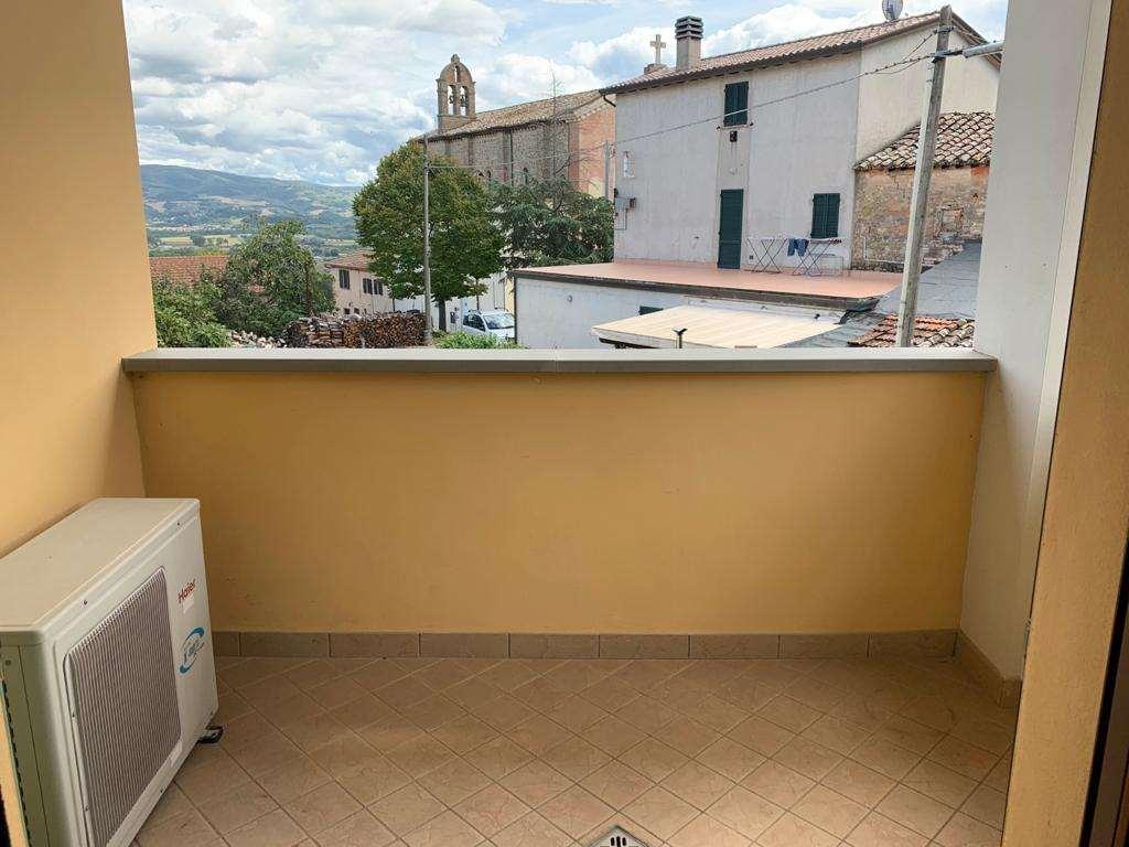 TRILOCALE VENDITA MARSCIANO CASTELLO DELLE FORME